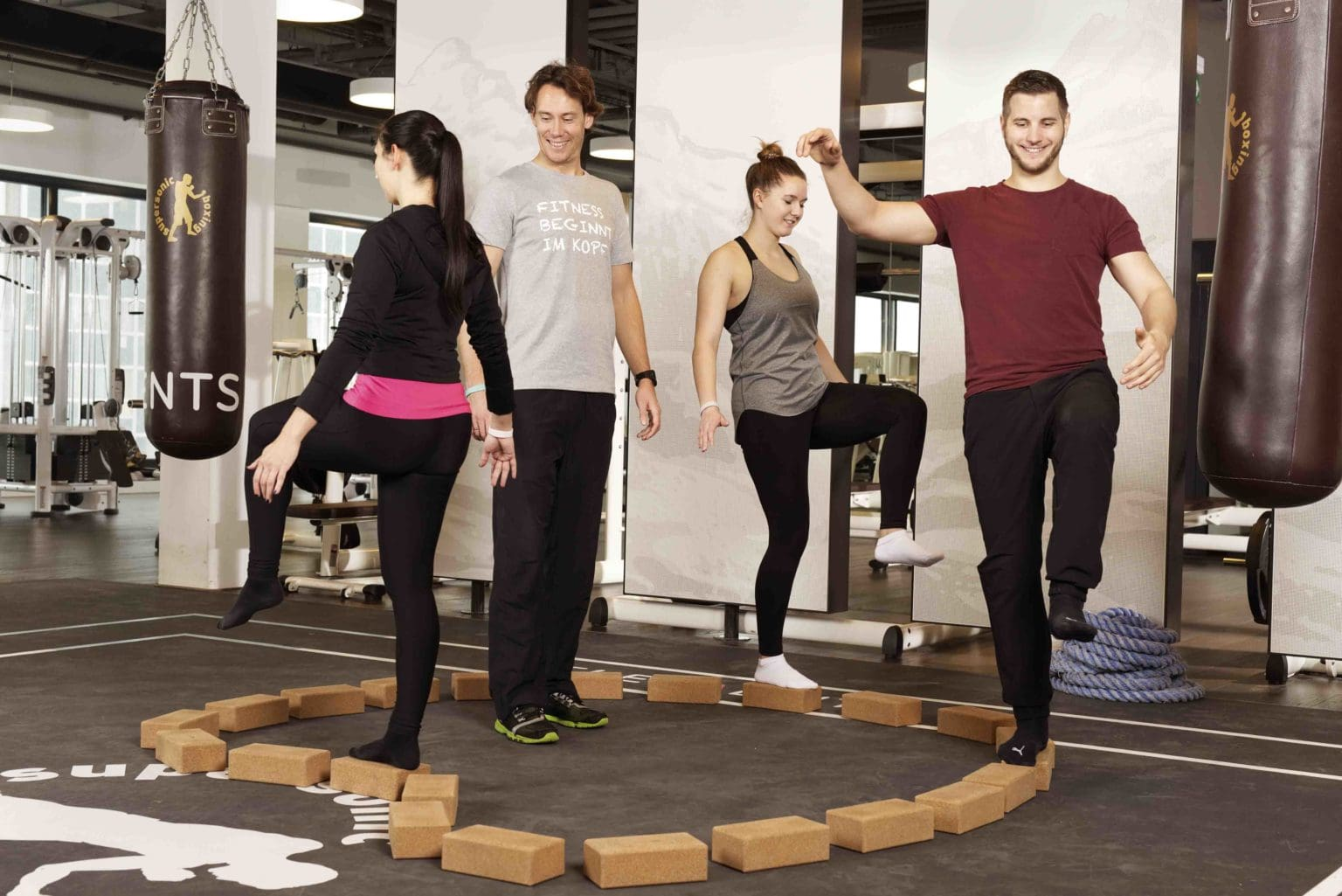 ELEMENTS Fitness und Wellness_mei-do_Balancieren
