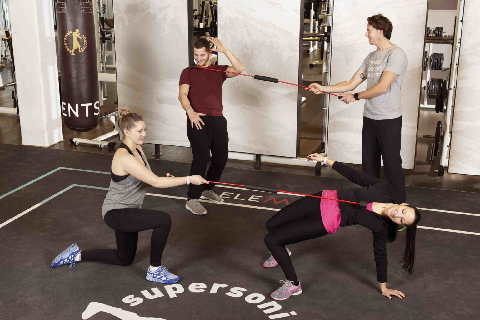 ELEMENTS Fitness und Wellness_mei-do_Partnerübung
